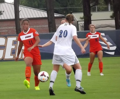 Skyhawks remain undefeated after 3-0 win over Indiana State