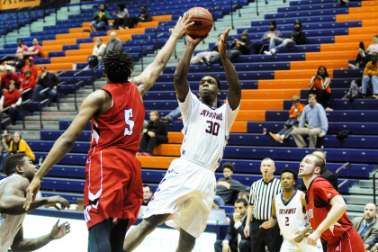 Skyhawks win tough matchup over Austin Peay