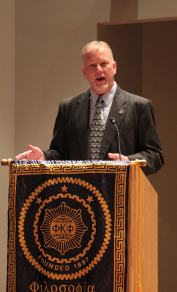 Vanguard Theatre director gives Phi Kappa Phi lecture