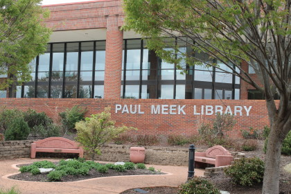 Catch up on Leisure Reading – Paul Meek Library offers a lot