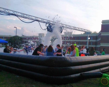 SAC foam party welcomes students