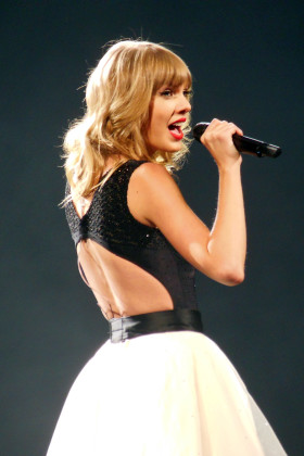 New Taylor Swift song and video full of messages